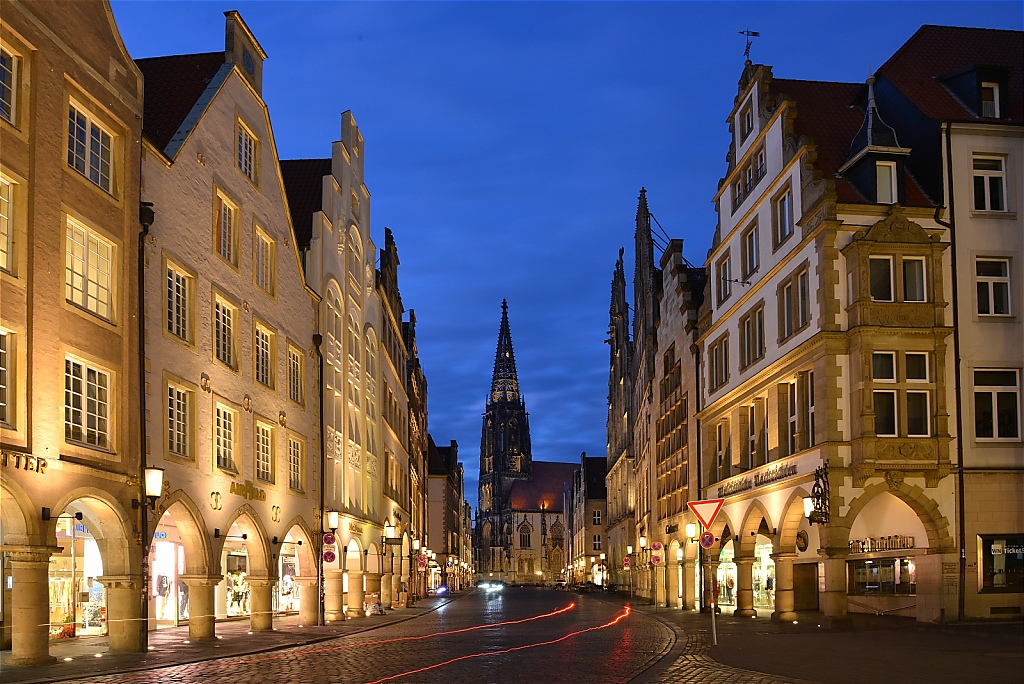 Münster Prinzipalmarkt mit St-Lamberti-Kirche