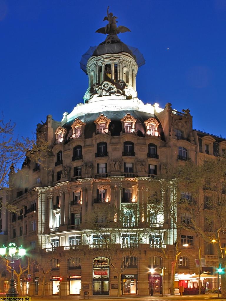Barcelona Geschäftshaus mit Tempietto am Passeig de Gracia