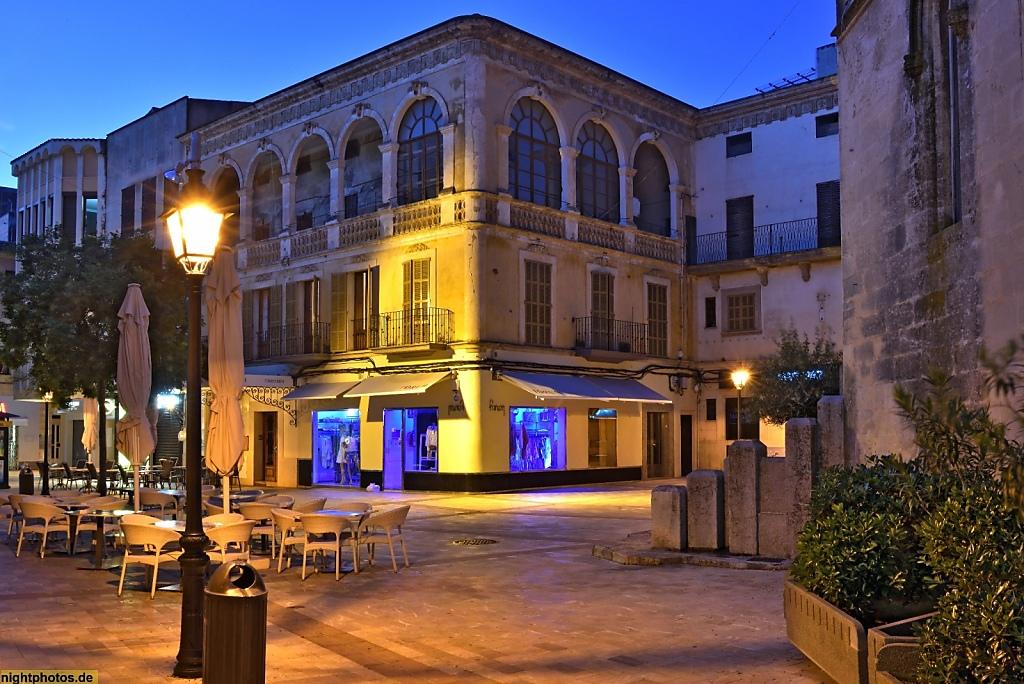 Mallorca Manacor Placa del Rector Rubí. Factoria. Restaurant Tomeo Bauza