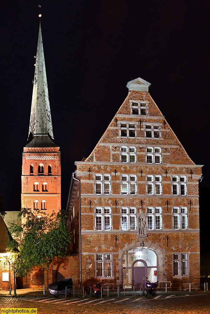 Lübeck Renaissance-Zeughaus erbaut 1594 im Domkirchhof 10
