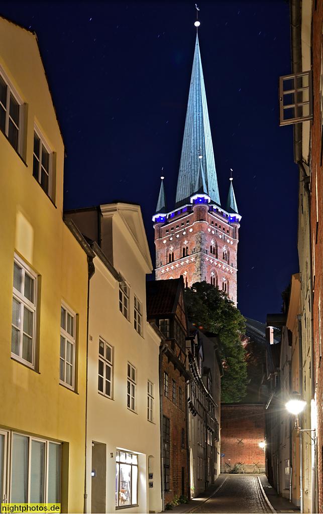 Lübeck Turm der St-Petri-Kirche. Ansicht aus der Kleinen Petersgrube