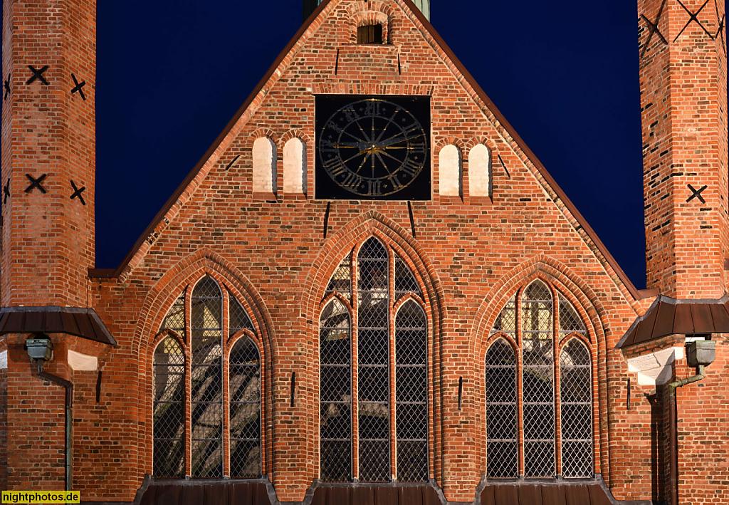 Lübeck Koberg Heiligen-Geist-Hospital erbaut 1286 als Sozialeinrichtung mit Kirche und Altenheim