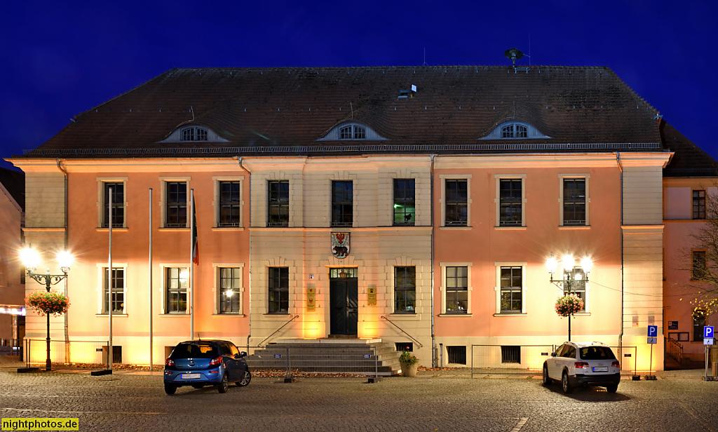 Bernau Rathaus am Marktplatz erbaut 1805 von Carl Dornstein