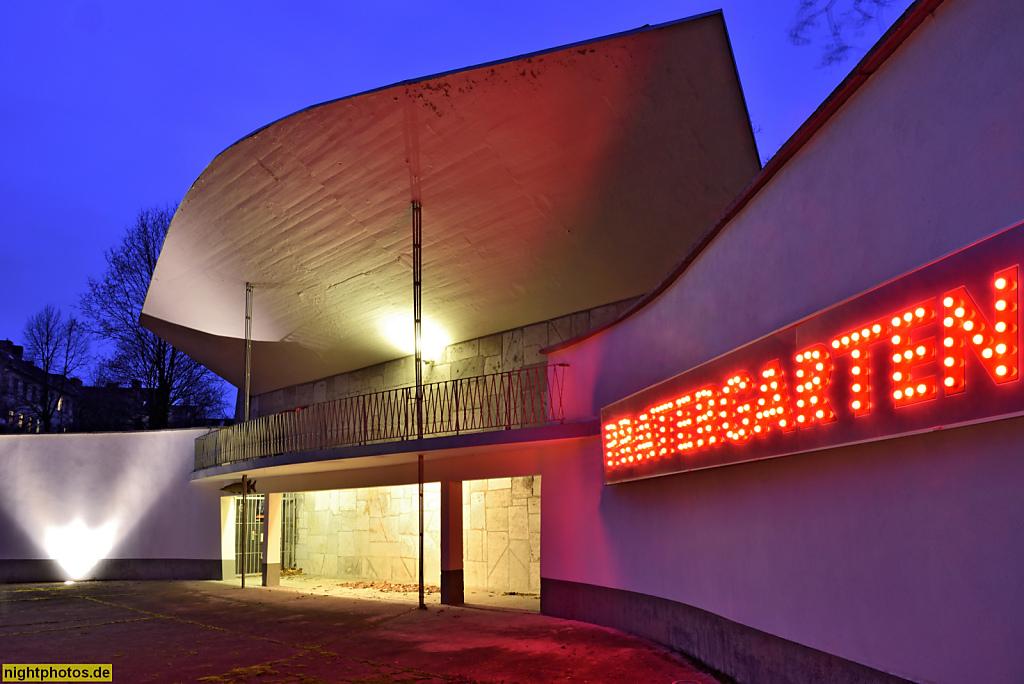 Berlin Prenzlauer Berg Pratergarten. Veranstaltungsort mit Freiluftbühne